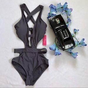 Xhilaration NWT One Piece Bathing Suit Women XS